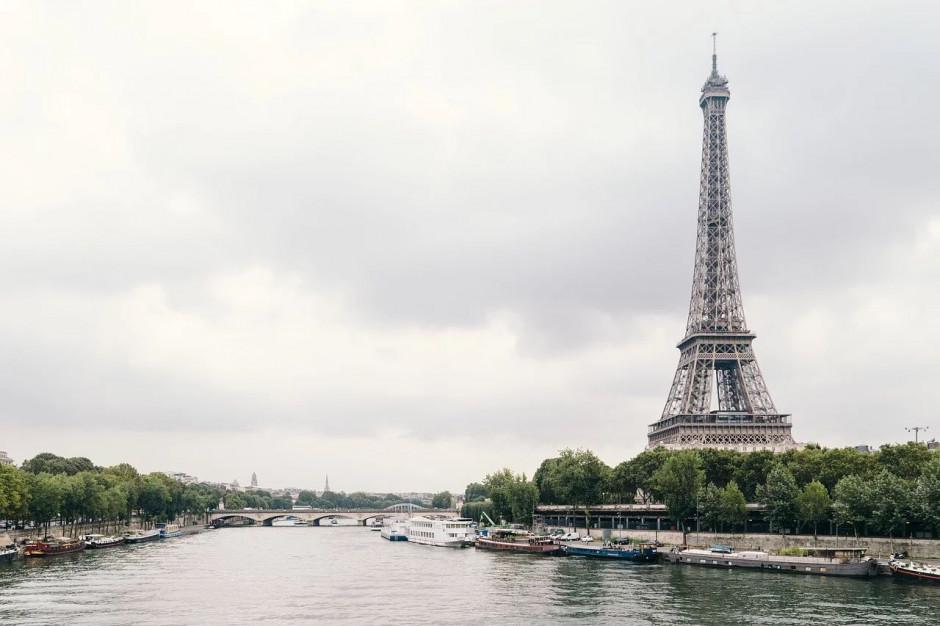 Francja: puste paryskie ulice w drugim dniu kwarantanny z powodu koronawirusa