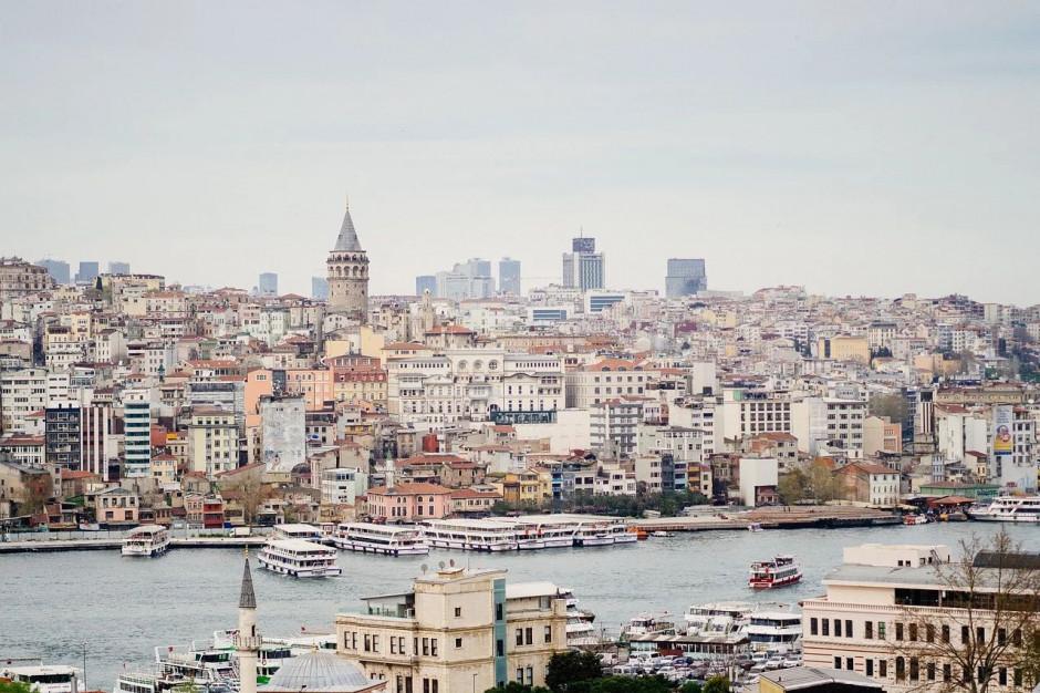 Turcja apeluje o pozostanie w domach przez trzy tygodnie