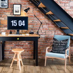 Cała Polska pracuje zdalnie. 5 wskazówek, jak urządzić domowe biuro