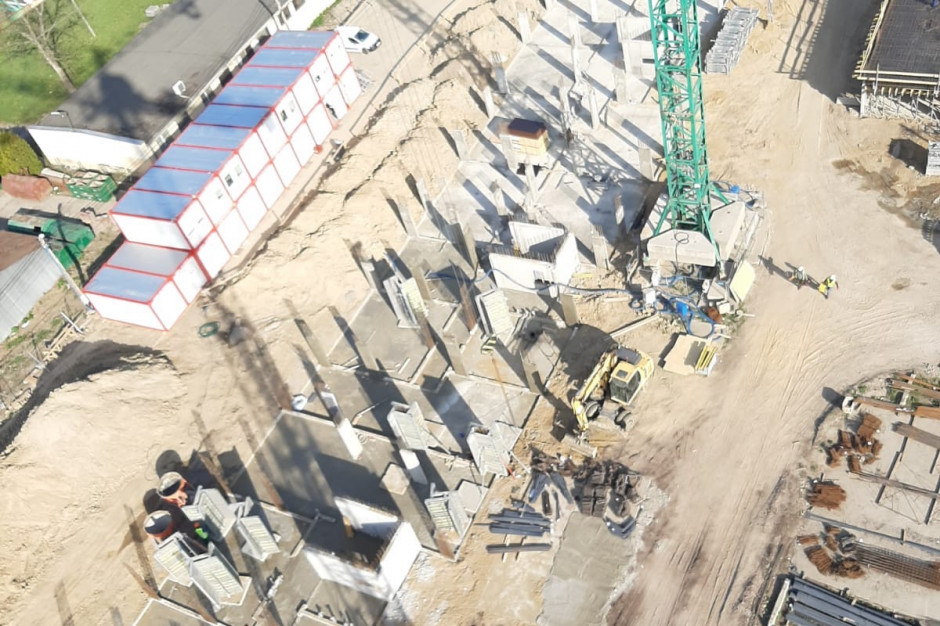 Ratuszowa zgodnie z planem. Zaglądamy na plac budowy mieszkań PFR Nieruchomości w Dębicy