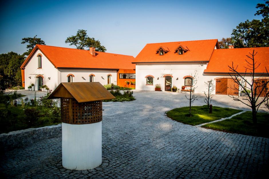 Zabytkowy folwark w Chorowicach uratowany. Tak wygląda budynek po remoncie