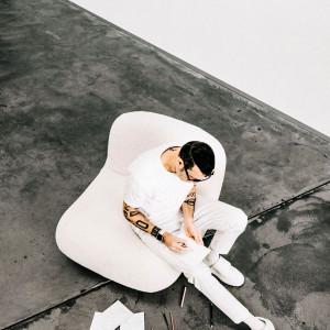 Karim Rashid zaprojektował meble do małych przestrzeni