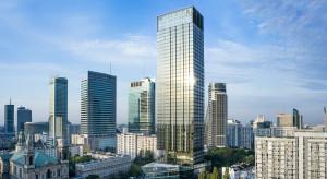 Apartamentowiec Cosmopolitan w centrum Warszawy zakończył sprzedaż