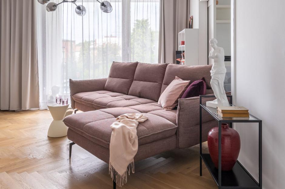 Polacy kupują meble w internecie