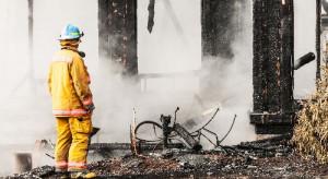 Budowa domu. Jak skutecznie ochronić budynek przed pożarem?