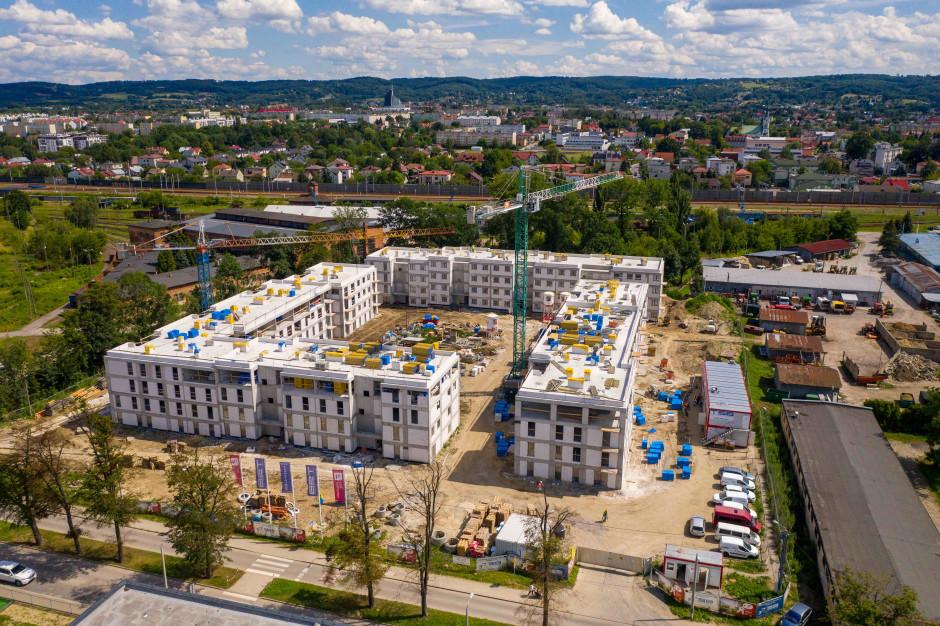 Mieszkania Plus w Dębicy już w stanie surowym