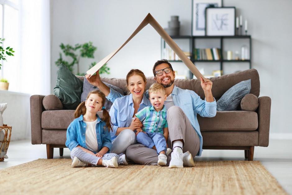 Codzienność w czasach koronawirusa. Jak radzą sobie wspólnoty mieszkaniowe?