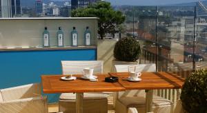 Przyjemne ciepło nie tylko latem: ogrzewacze tarasowe i balkonowe