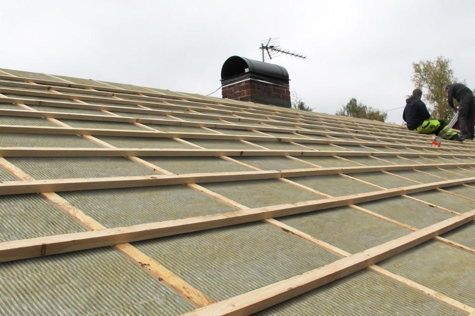 Bez błędów, bez ciśnień. Jak projektować dach skośny?