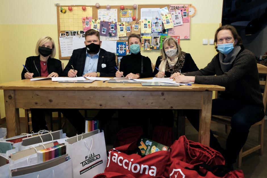 Acciona Nieruchomości pomaga Powiślańskiej Fundacji Społecznej