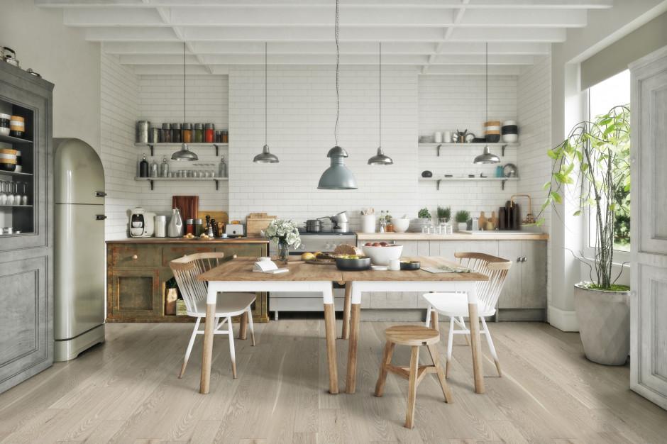 Zgrany duet. Z jakimi stylami łączyć drewnianą podłogę?