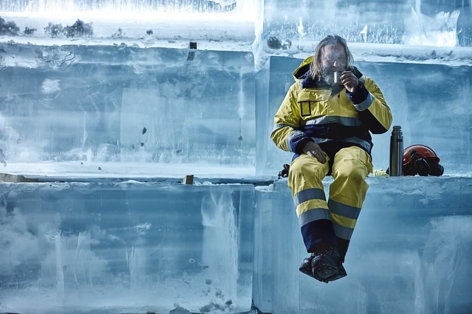 Roboczy strój na zimę. Jak go skompletować?