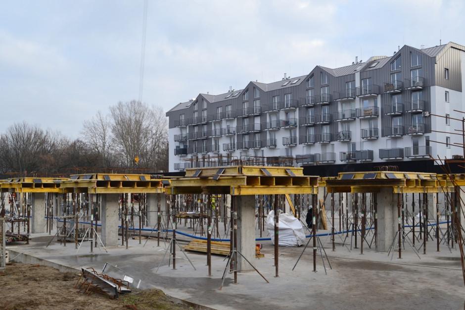 Nadolnik Compact Apartments w rozbudowie