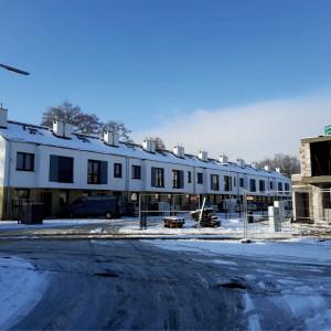 Rodzinne Podolany: kolejne budynki, nowi mieszkańcy