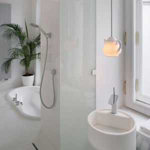 Tak urządzono funkcjonalną łazienkę z charakterem