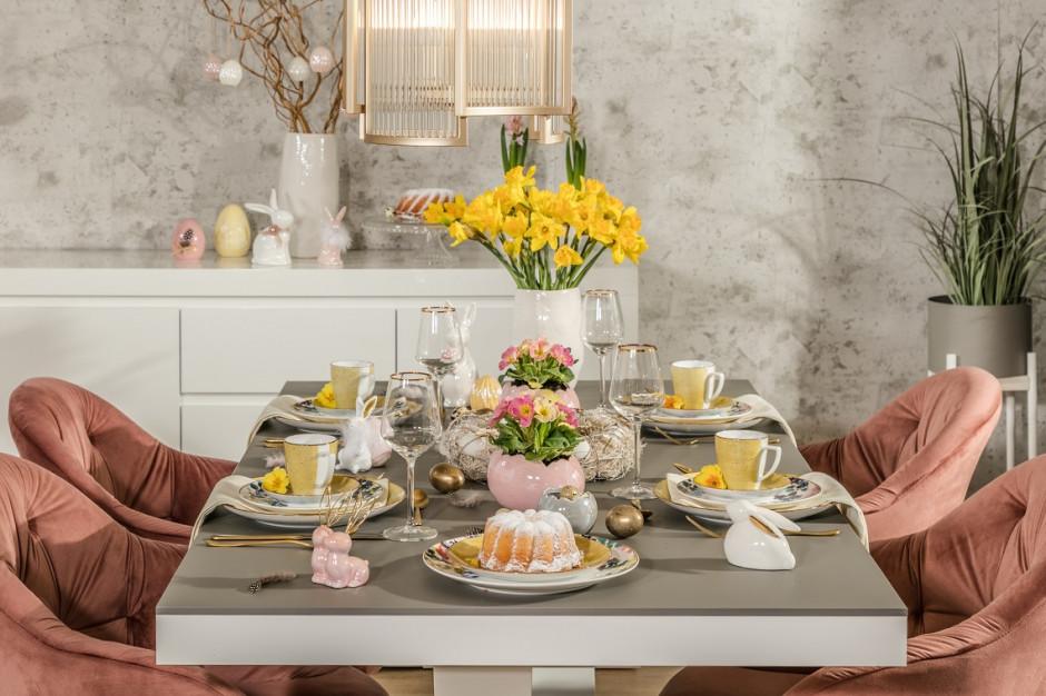 Wielkanocny stół w modnym wydaniu. Rustykalny czy w kolorach Pantone?