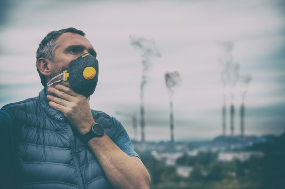 Smog nad Krakowem utrzymuje się do wysokości 100 metrów