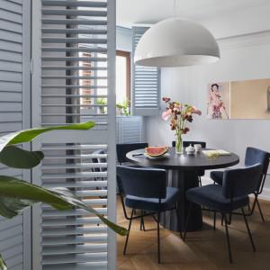 Inspirujące wnętrza. Elegancki apartament w błękitach