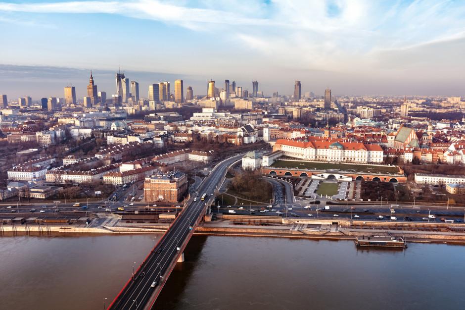 Efekt padnemii w Warszawie. Ceny mieszkań wzrosły o prawie 8 procent i więcej chętnych na domy
