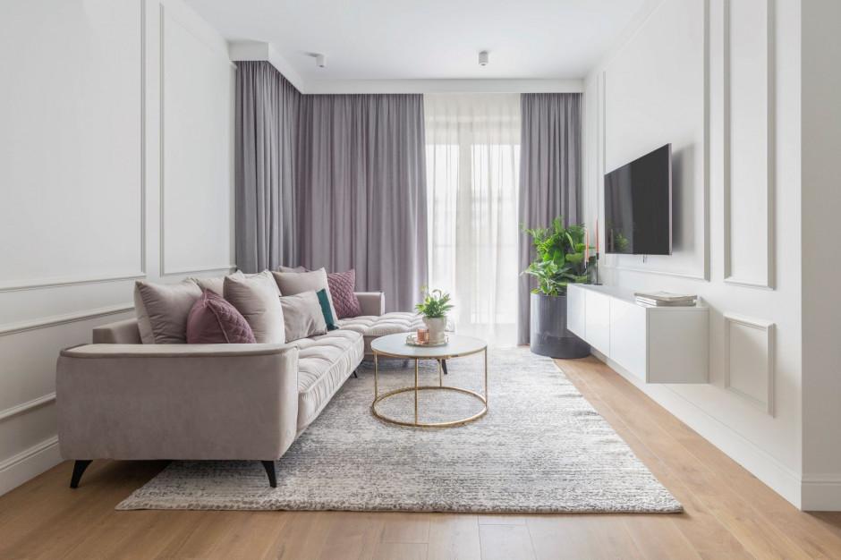 Zobacz mały apartament z biokominkiem