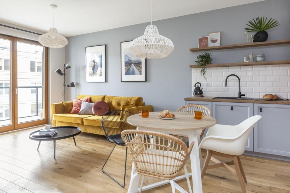 """Wykończenie mieszkania """"pod klucz"""" coraz popularniejsze. Ile to kosztuje?"""