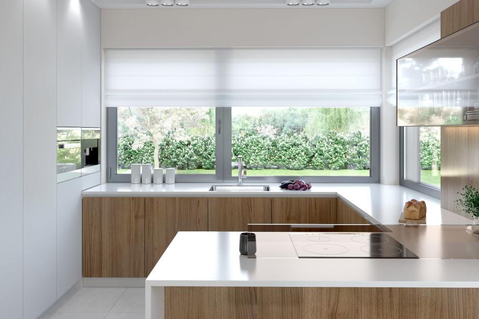 Bezpieczne okna. Ochrona domu przed włamaniem w czasie urlopu