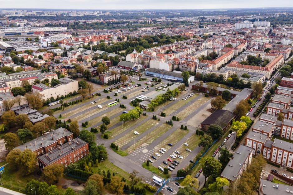 Belgowie z innowacyjnym konceptem tymczasowego zagospodarowania. Powstaną Koszary Kultury