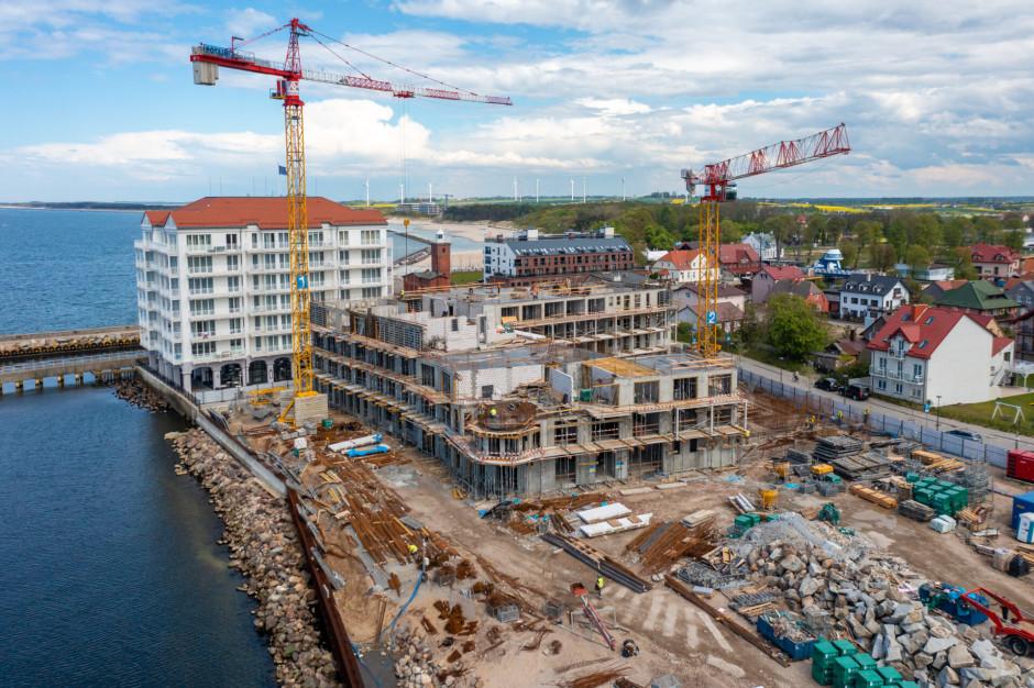 Trwa budowa drugiego etapu Marina Royale w Darłówku