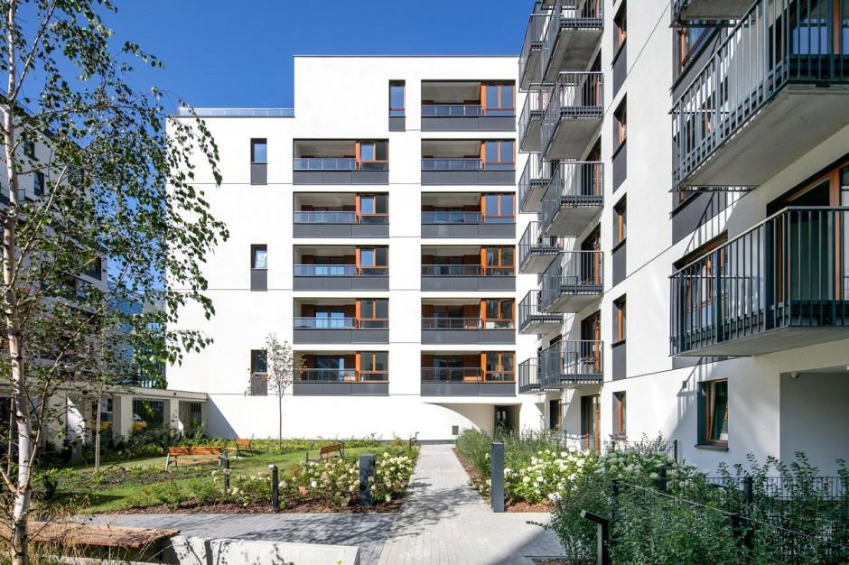 Osiedla bez barier architektonicznych. Jak deweloperzy dostosowują projekty do potrzeb mieszkańców?