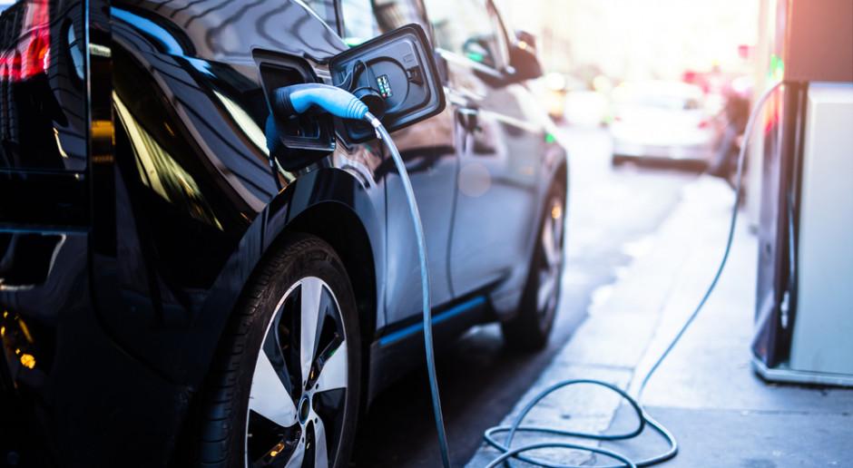 Ustawa o elektromobilności wraca do sejmowych komisji