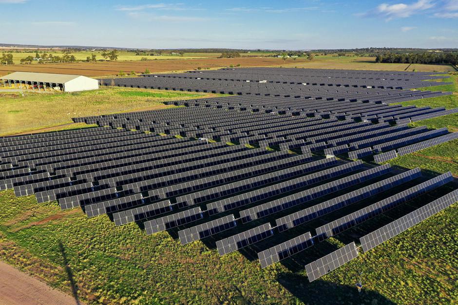 Photon Energy uruchamia w Australii elektrownie fotowoltaiczne
