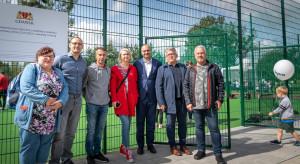 Otwarcie ogólnodostępnego boiska wielofunkcyjnego oraz przedszkola w Gdańsku Kokoszkach