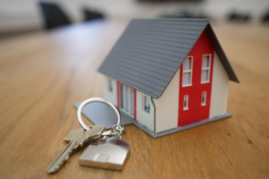 """Banki nie udzielają kredytu hipotecznego z opcją """"klucz za dług"""""""