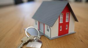 """Banki nie udzielają kredytu hipotecznego z opcją """"klucz za dług"""