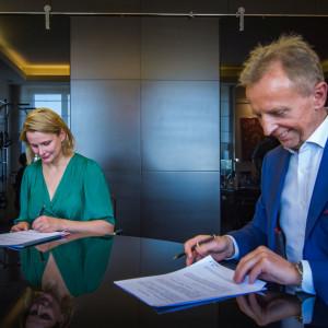 Pierwsza umowa w ramach Zielonego Funduszu dla Warszawy podpisana. Pierwszym partnerem innogy Polska